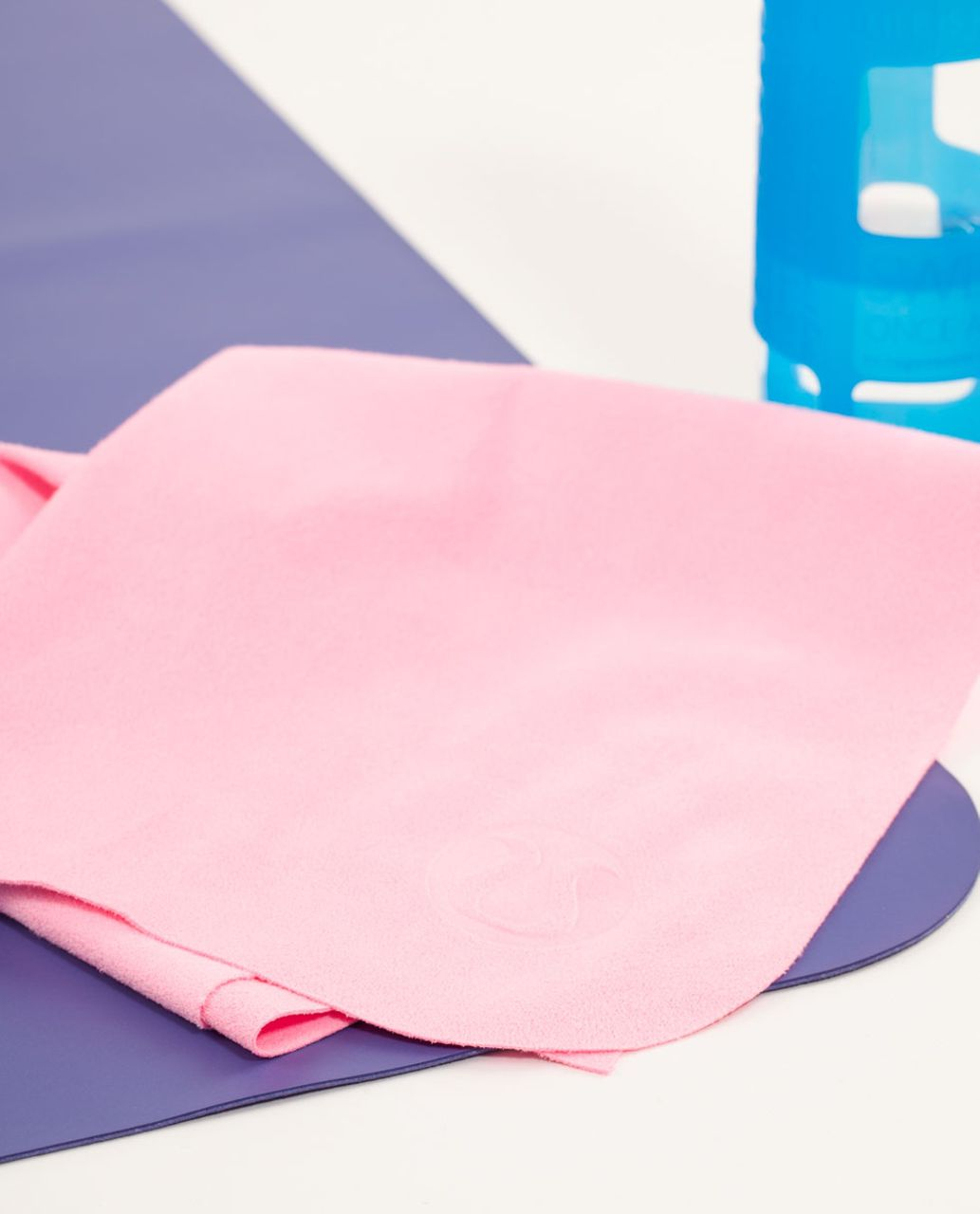 Lululemon The (Small) Towel - Pink Shell