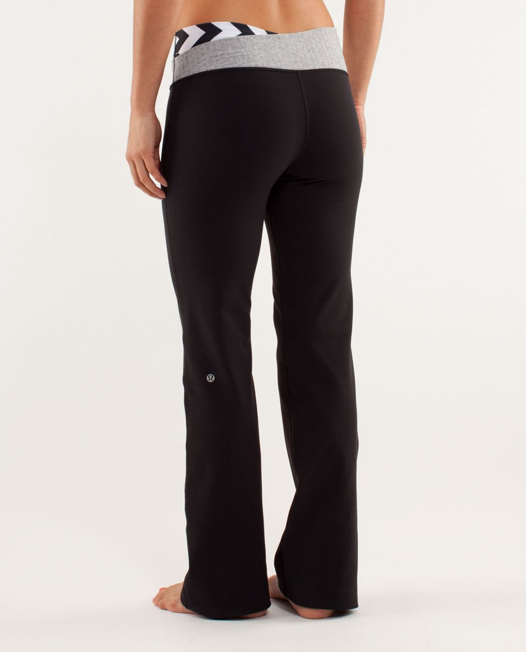 Lululemon Astro Pant (Regular) - Black / Arrow Chevron White Black / Herringbone White Black
