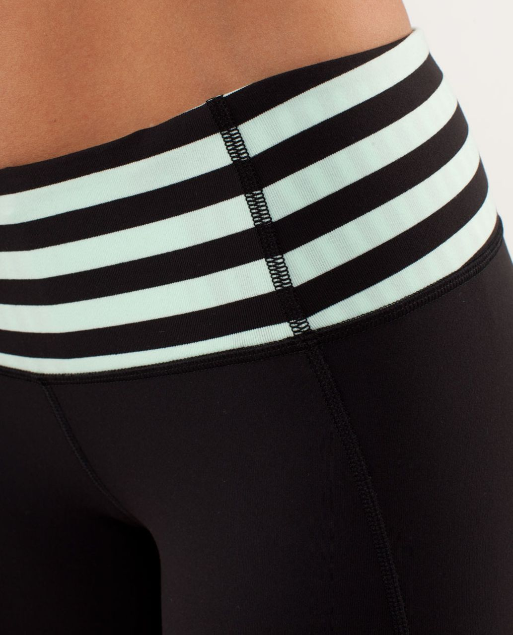Lululemon Gather & Crow Crop - Black / Sea Stripe Mint Moment Black / Classic Stripe Mint Moment Black