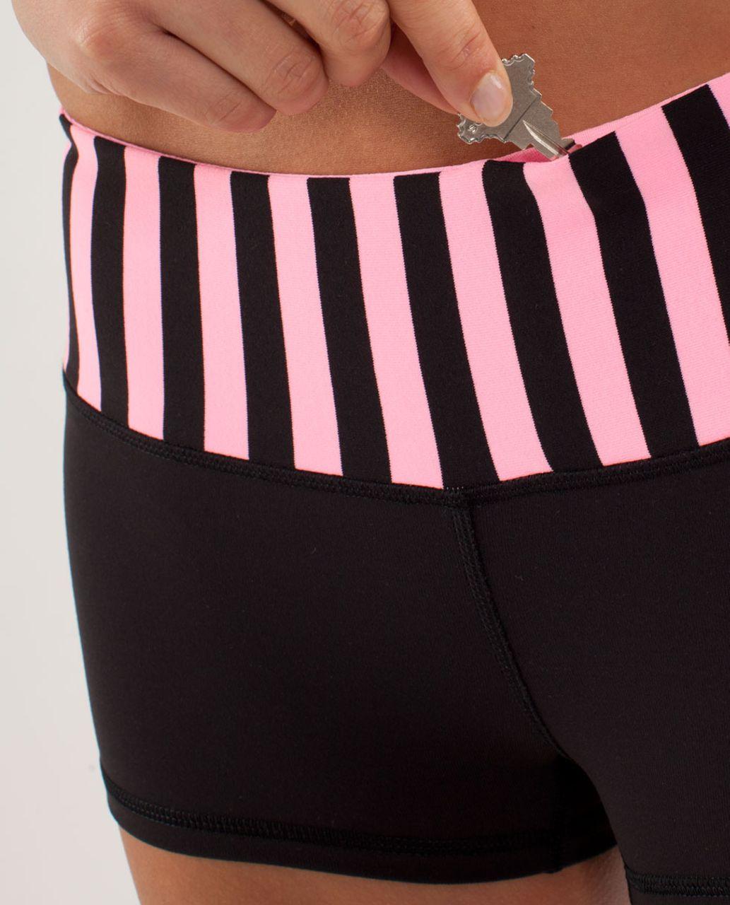 Lululemon Boogie Short - Black / Sea Stripe Pink Shell / Pink Shell