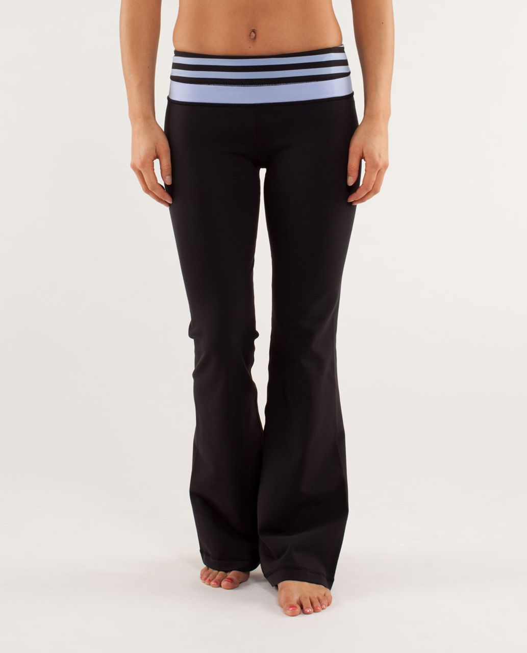 Lululemon Groove Pant *New (Regular) - Black / Sea Stripe Polar Haze Black / Polar Haze