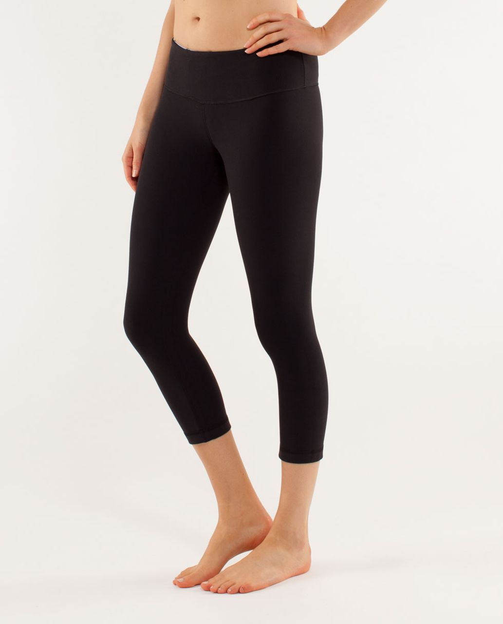 Lululemon Wunder Under Crop - Black / Quilting Winter 15