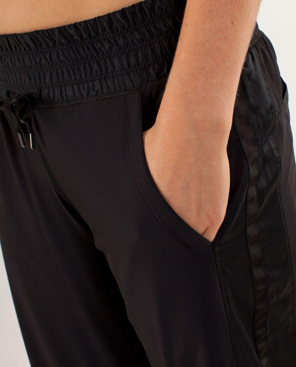 Lululemon Run:  Right Round Pant - Black