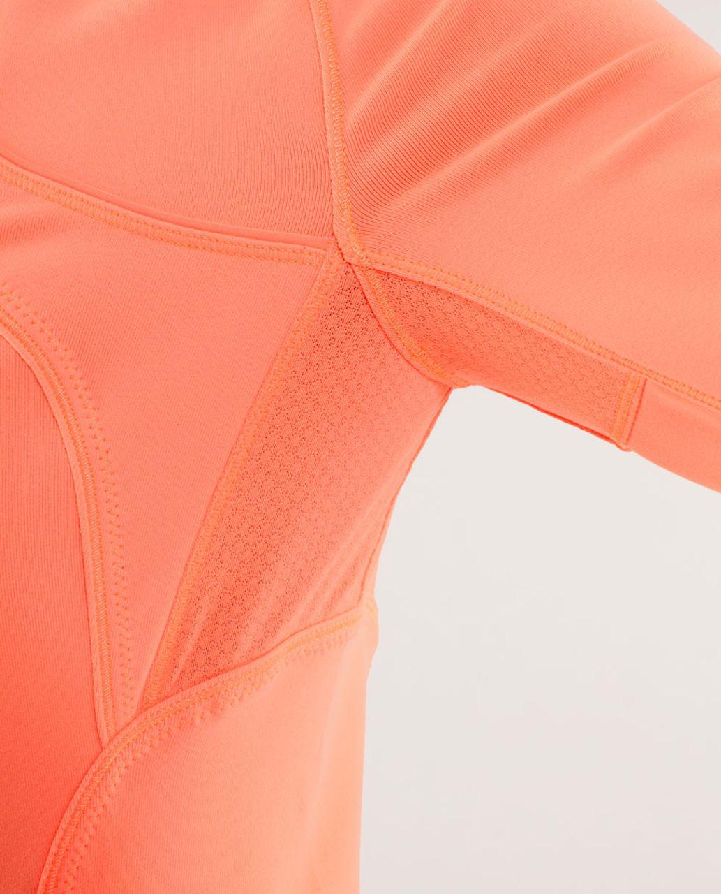 Lululemon Forme Jacket - Pop Orange
