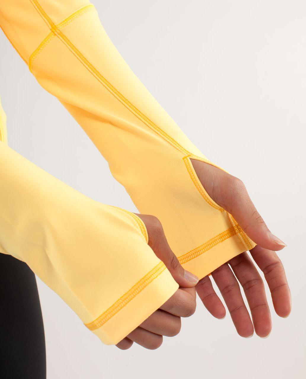 Lululemon Forme Jacket - Burning Yellow