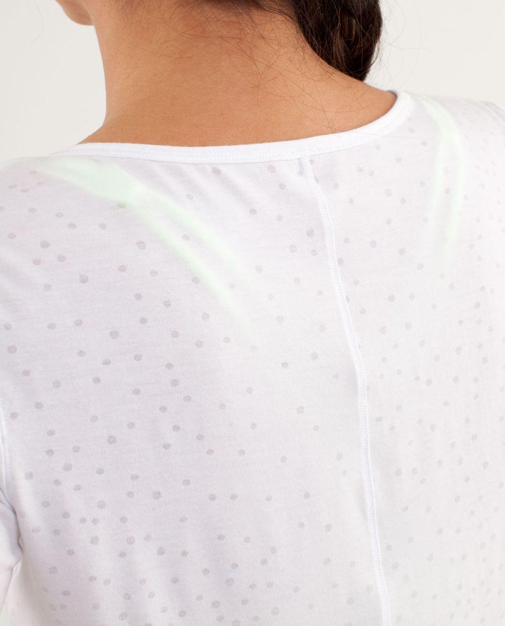 Lululemon Drish Tee - Petit Dot White / White