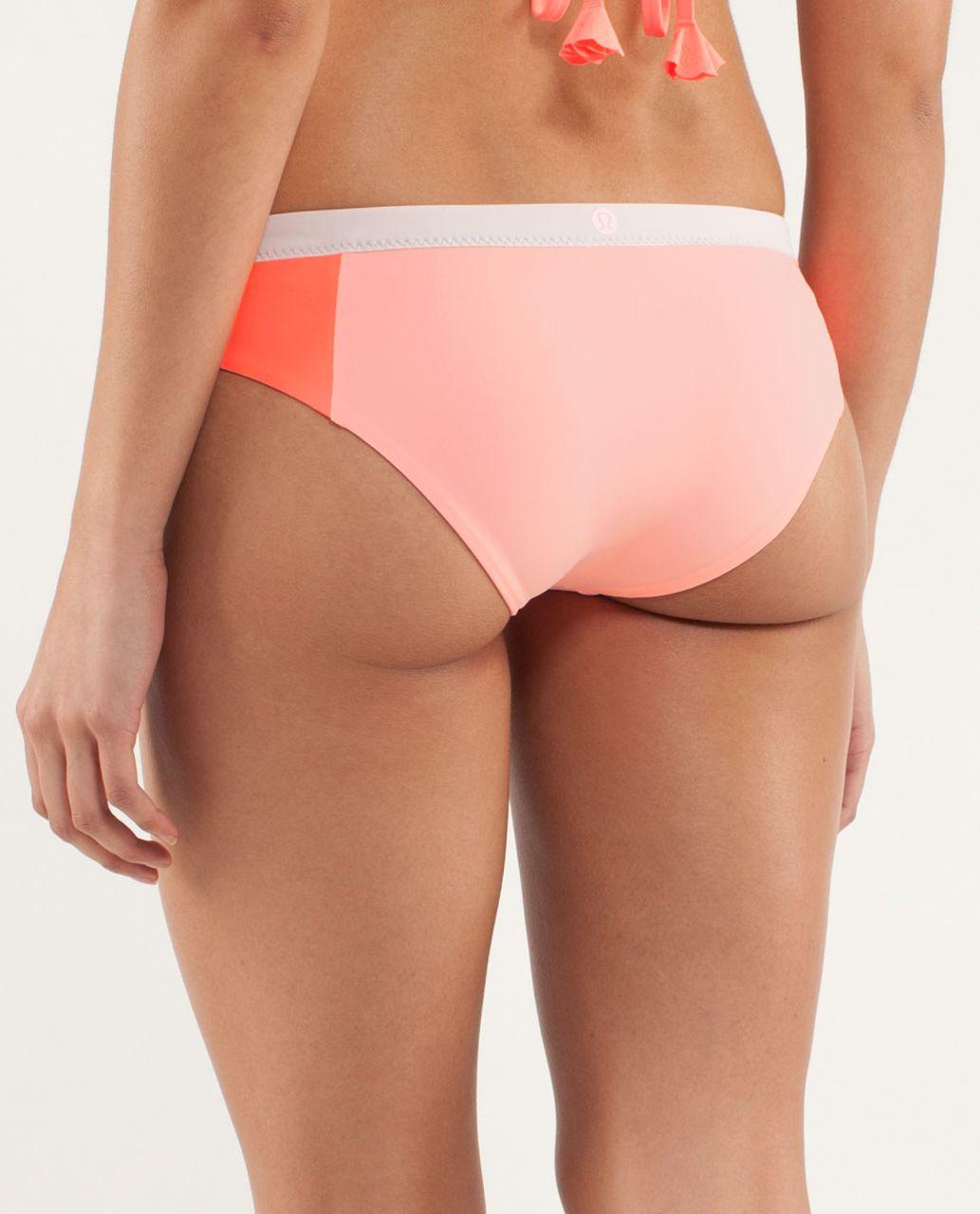 Lululemon Sandy Savasana Bottom - Dune / Bleached Coral / Pop Orange