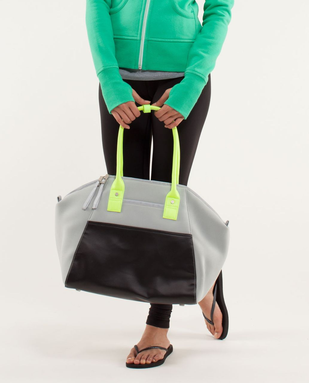 Lululemon Vinyasa To Vino Bag *Neoprene - Silver /  Black