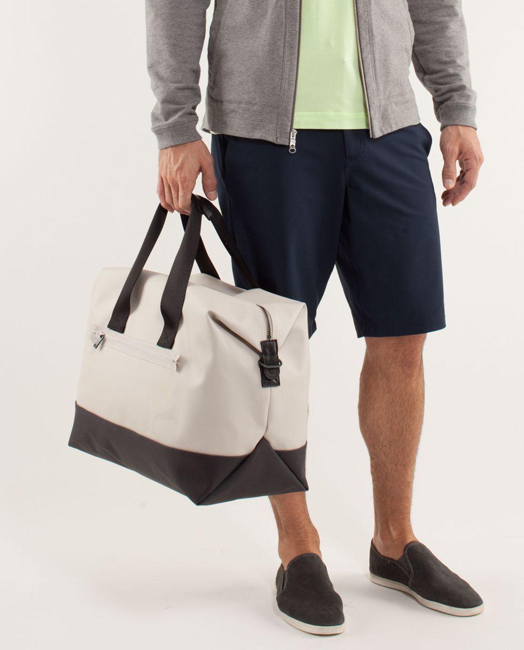 Lululemon Everyday Gym Bag - Buff