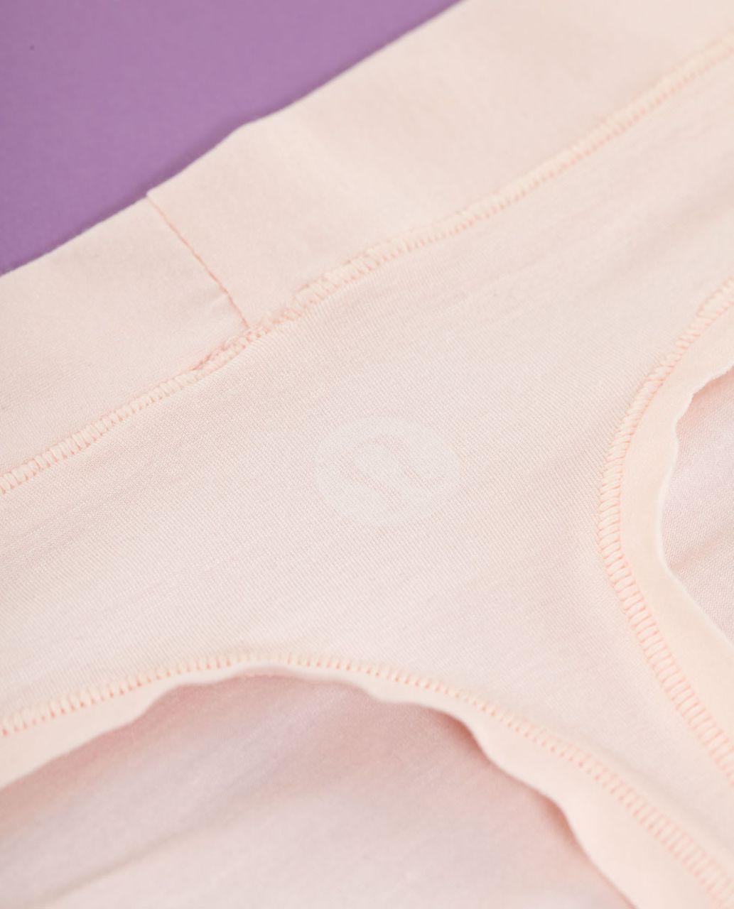 Lululemon Mula Bandhawear Thong - Parfait Pink