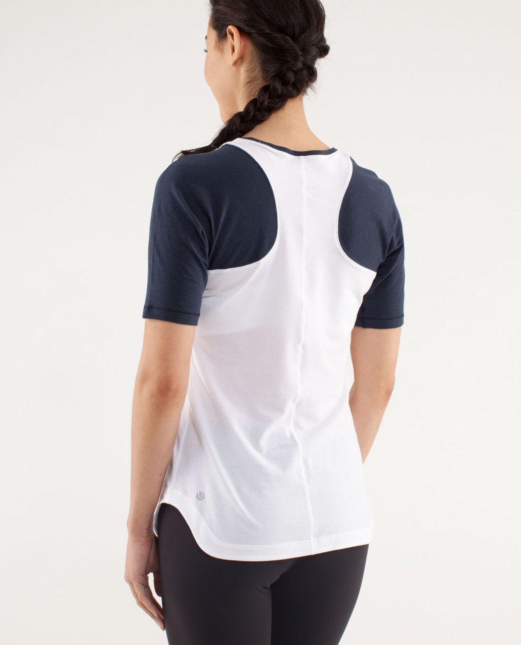 Lululemon Clari-Tee Short Sleeve - White / Inkwell