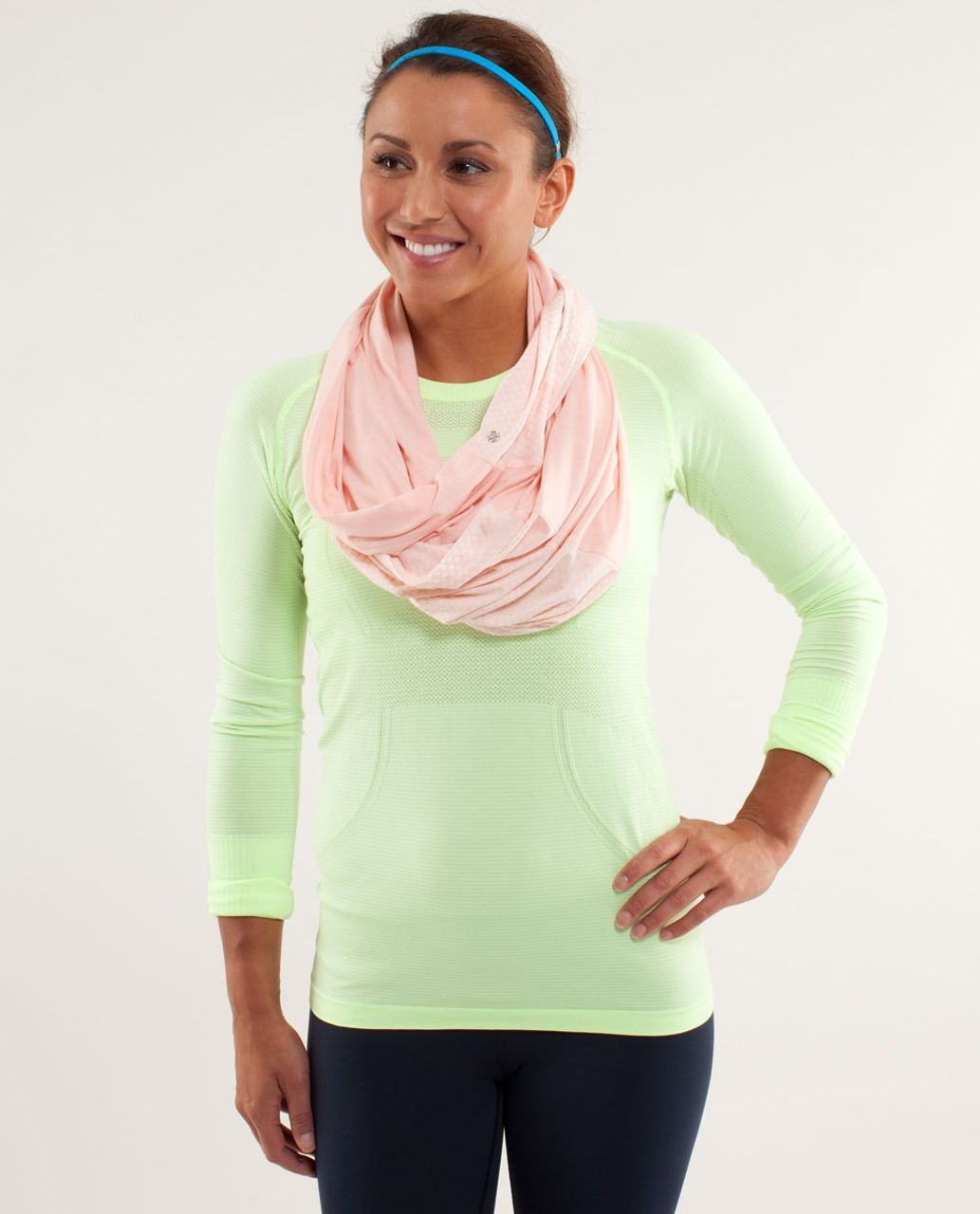 Lululemon Twist And Shout Scarf - Parfait Pink / Mesh Burnout Parfait Pink