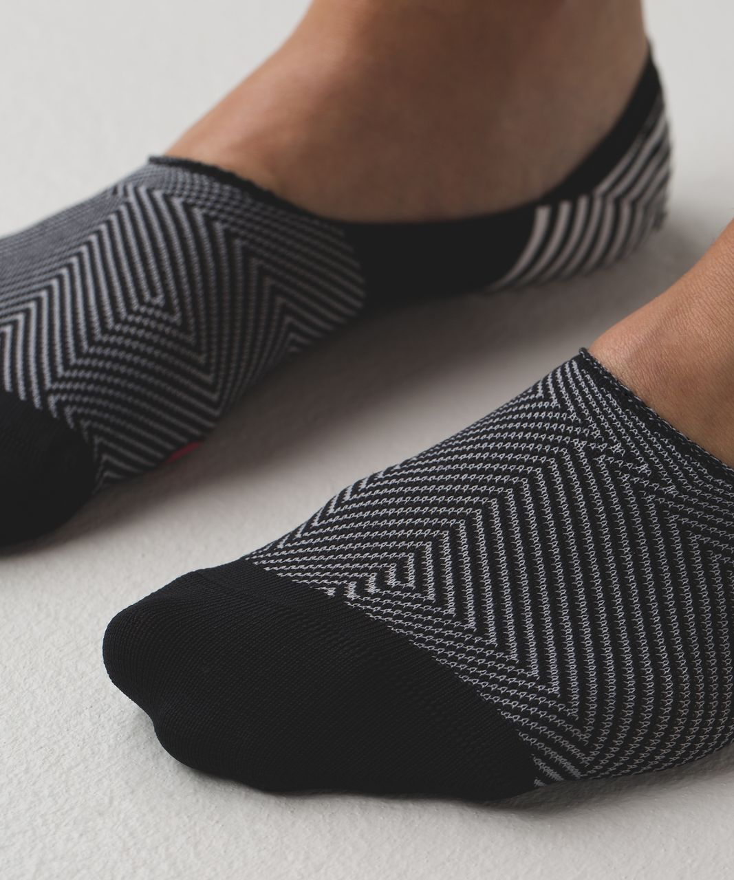 Lululemon Secret Sock - Black / White / Boom Juice