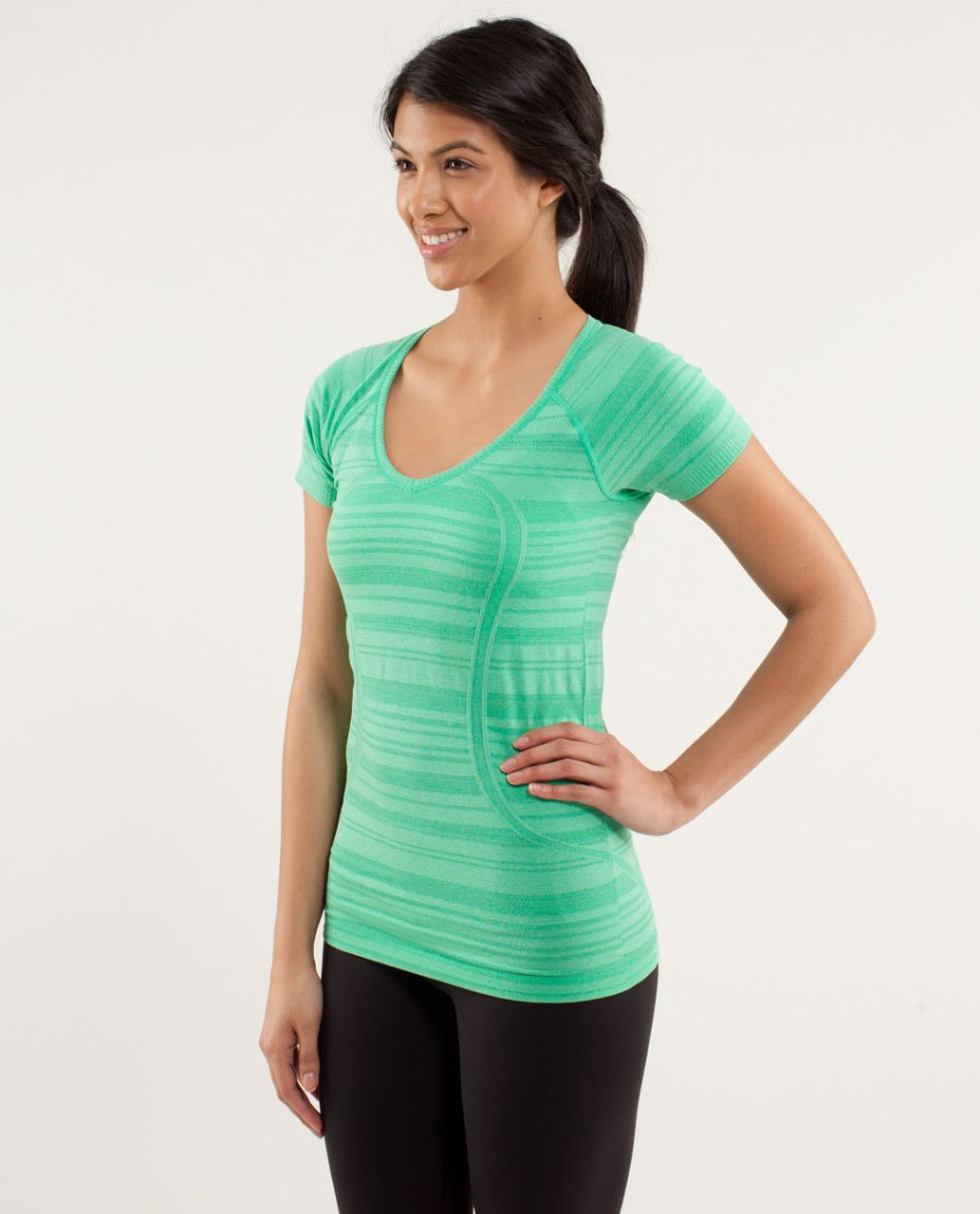 Lululemon Run:  Swiftly Tech V Neck - Very Green