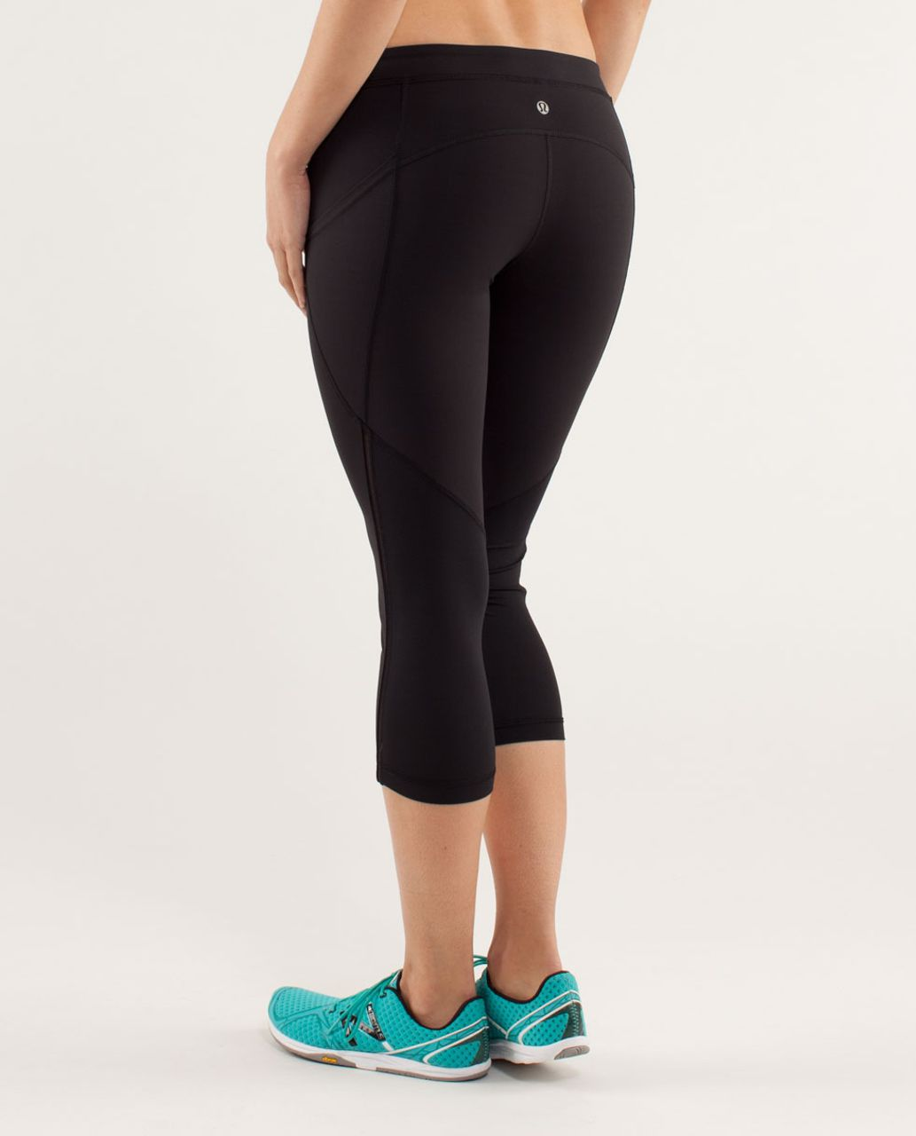 Lululemon Beach Runner Crop - Black