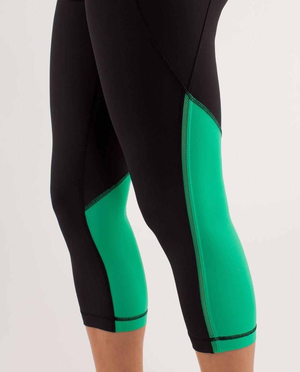 Lululemon Beach Runner Crop - Black / Very Green / Wee Are From Space Fresh Teal