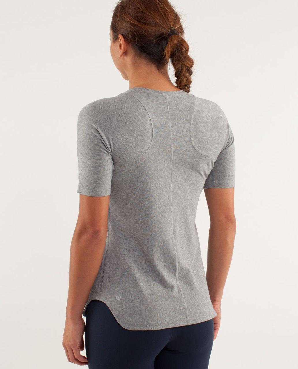 Lululemon Clari-Tee Short Sleeve - Vintage Sports Grey