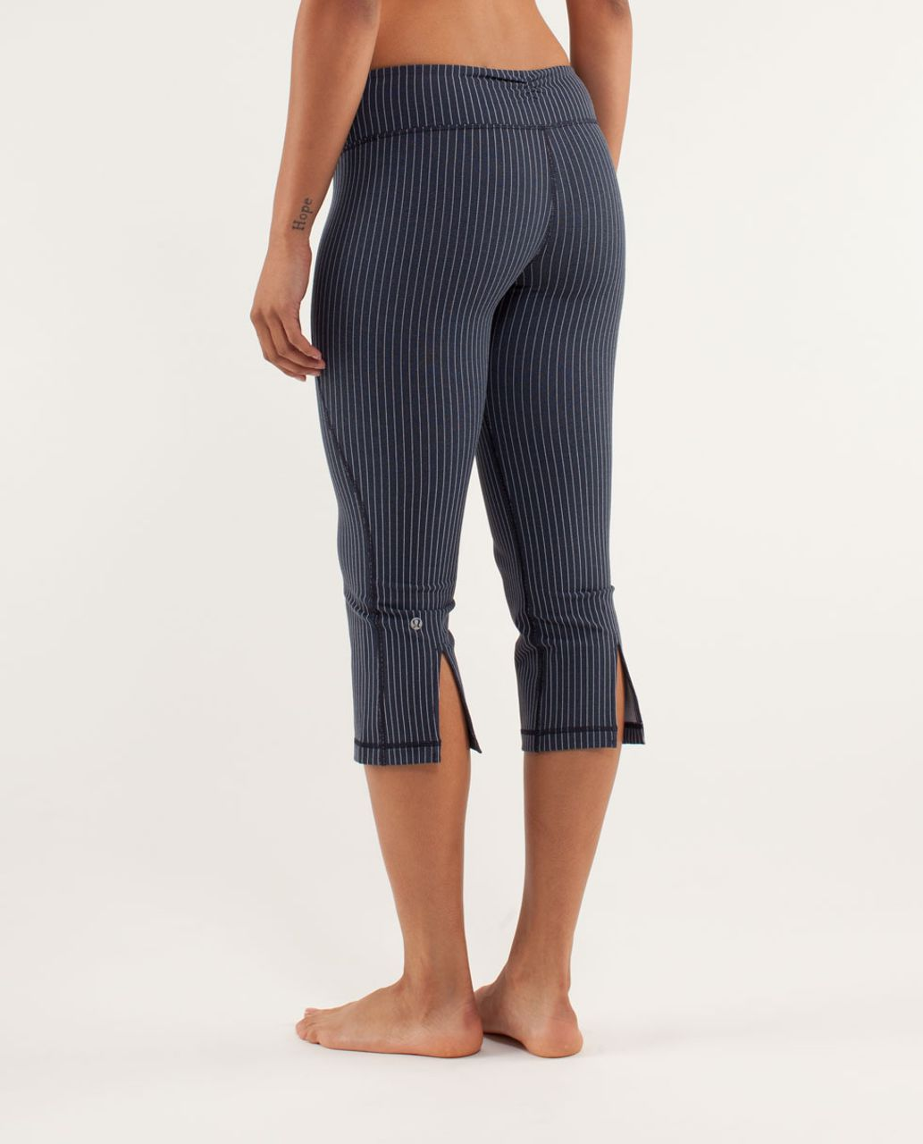 Lululemon Gather & Crow Crop - Inkwell