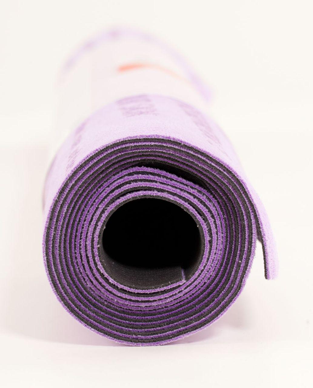 Lululemon The (Towel) Mat - Groovy Grape / Black