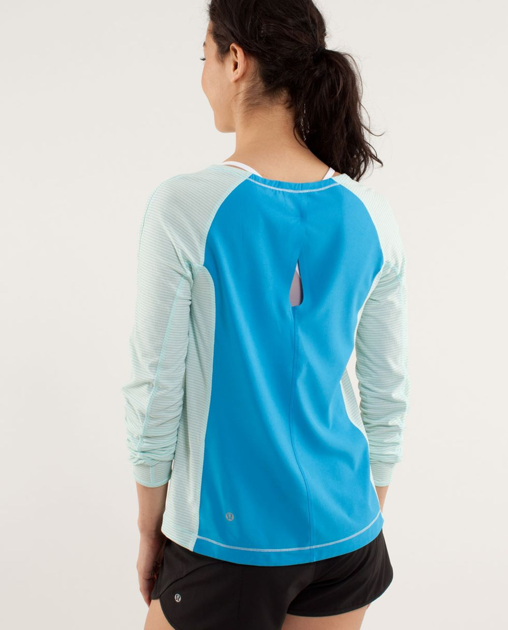 Lululemon Run:  Silver Lining Long Sleeve - Aquamarine / Beach Blanket Blue