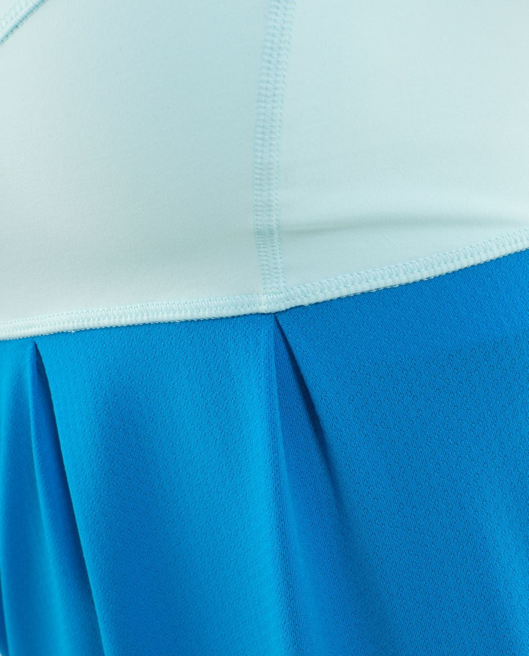 Lululemon Run:  Tame Me Tank - Beach Blanket Blue / Aquamarine