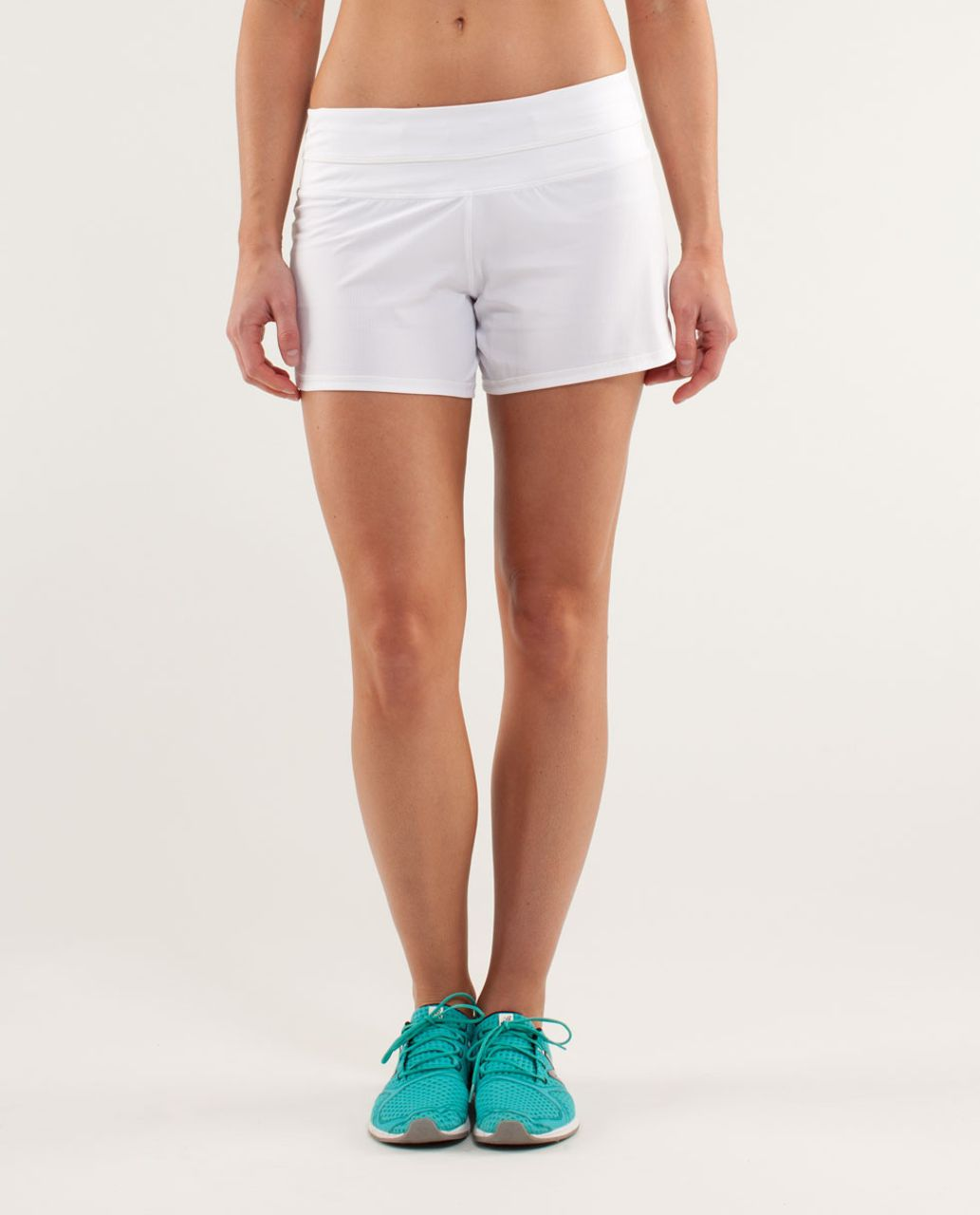 Lululemon Groovy Run Short - White