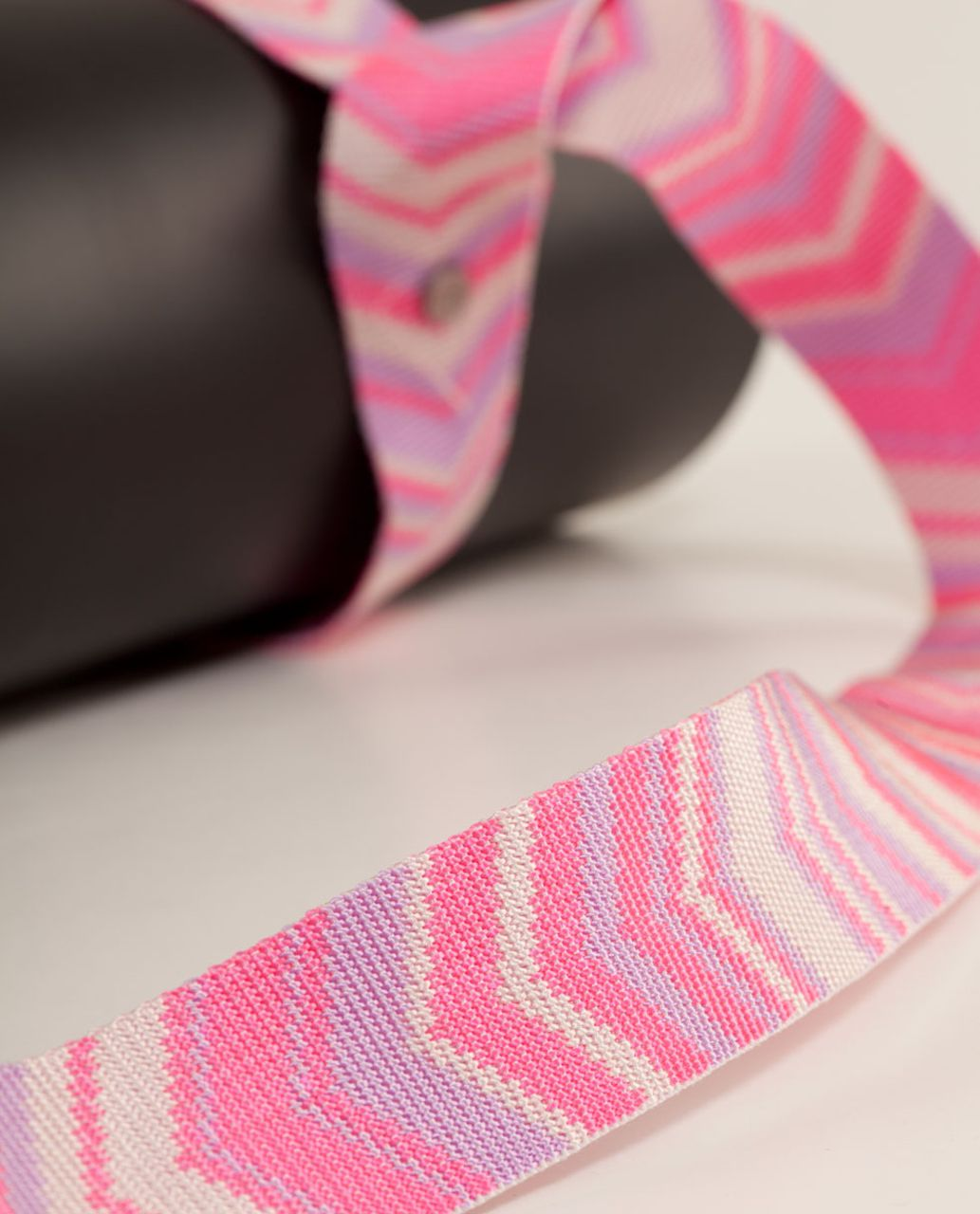 Lululemon Loop It Up Mat Strap - Parfait Pink