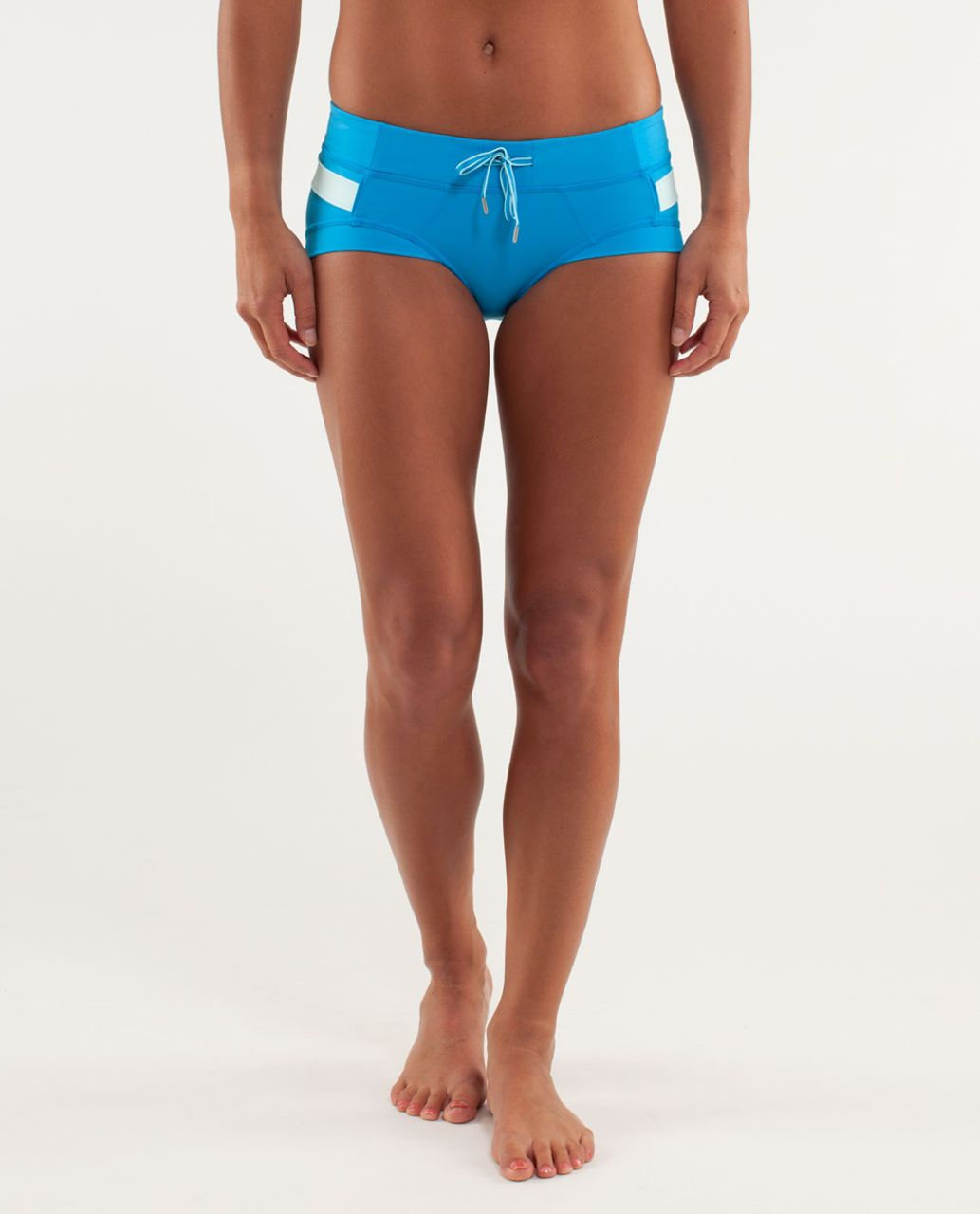 Lululemon Heat It Up Short - Beach Blanket Blue / Aquamarine