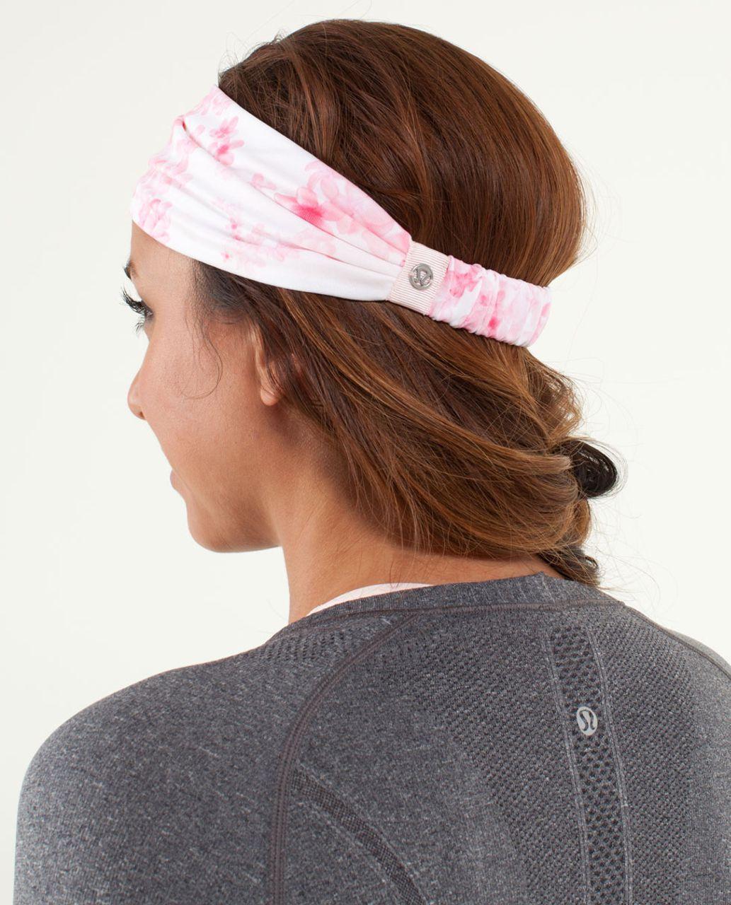 Lululemon Bang Buster Headband *Reversible - Frangipani Parfait Pink / Parfait Pink
