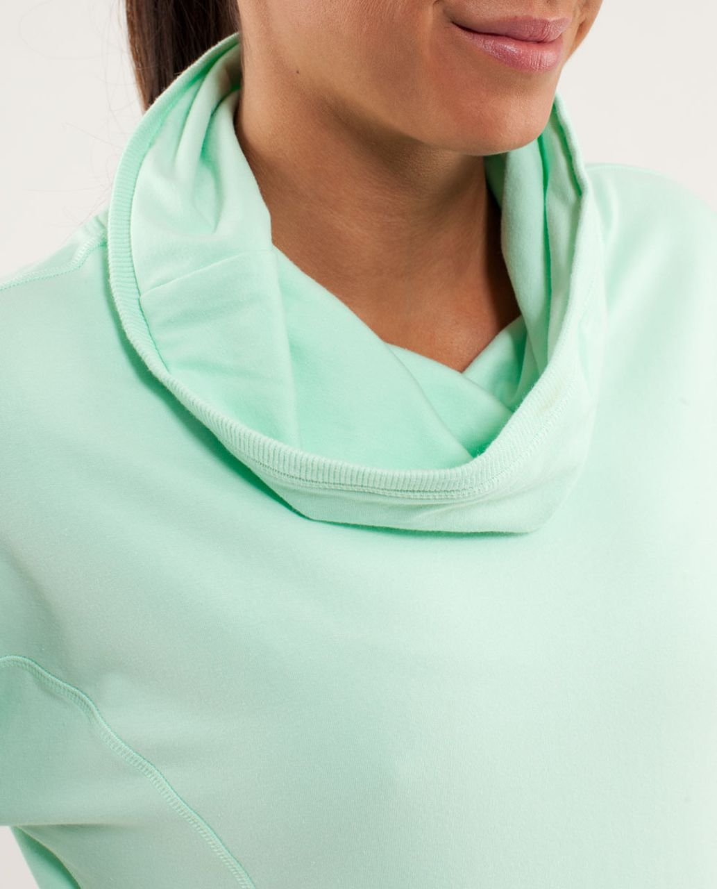 Lululemon Rest Day Pullover - Fresh Teal