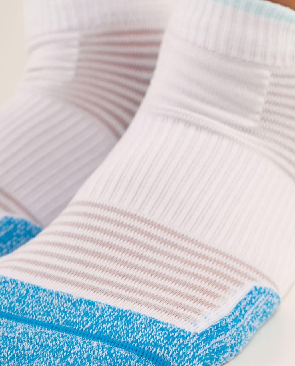 Lululemon Women's Ultimate Padded Run Sock - Beach Blanket Blue