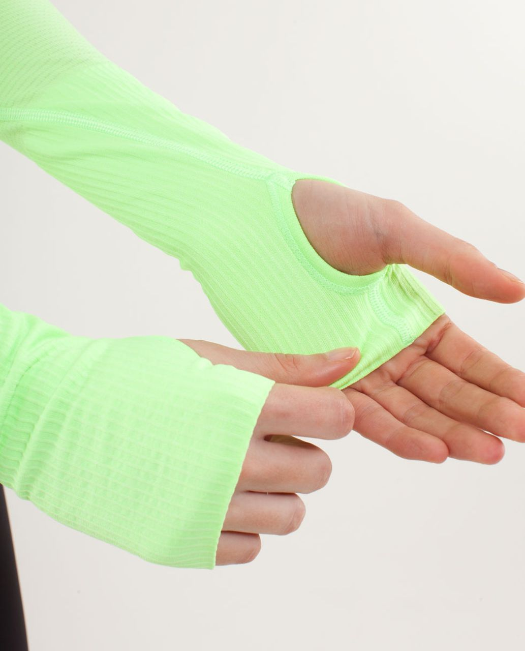 Lululemon Run:  Swiftly Tech Long Sleeve Scoop - Zippy Green