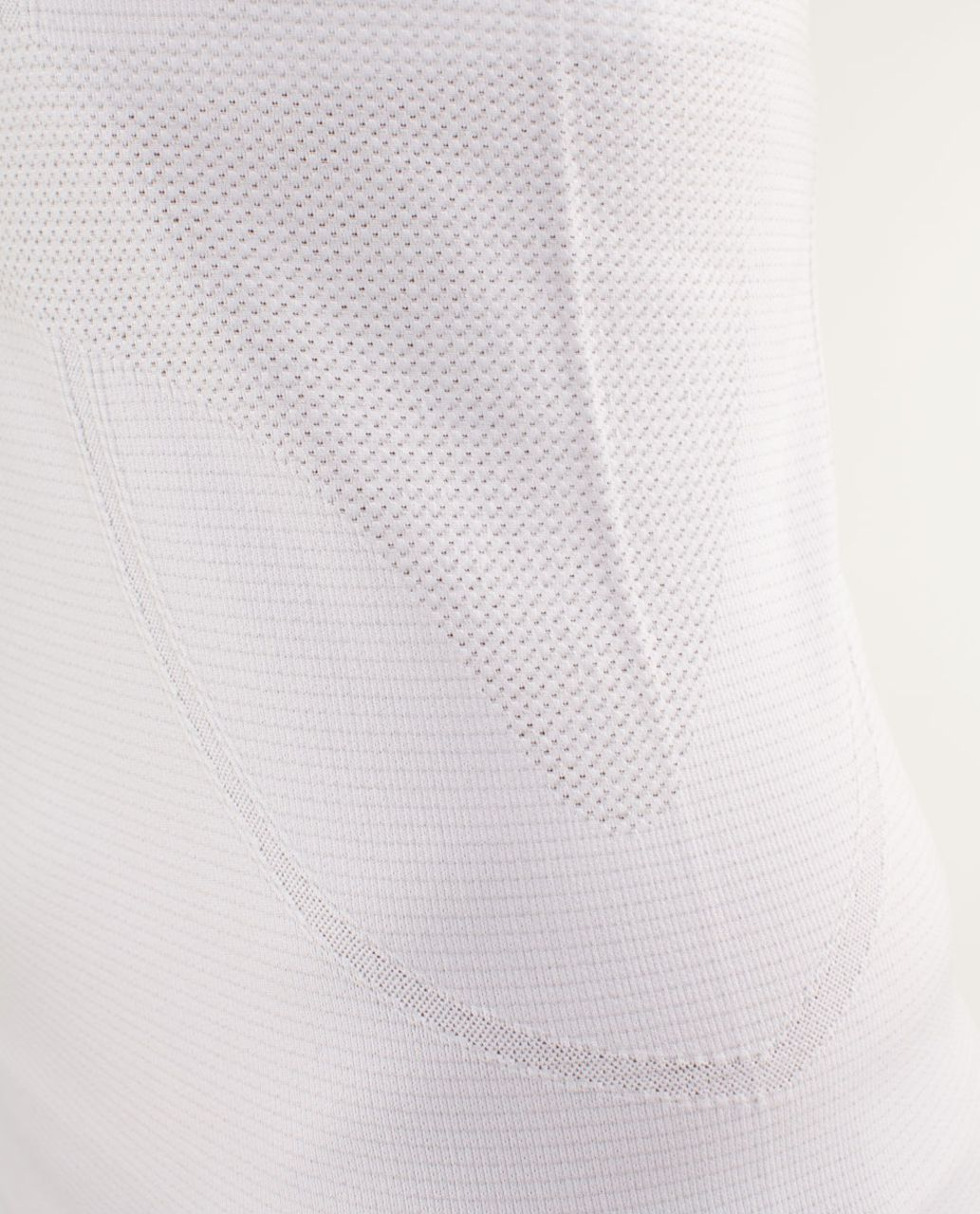 Lululemon Run:  Swiftly Tech V Neck - White