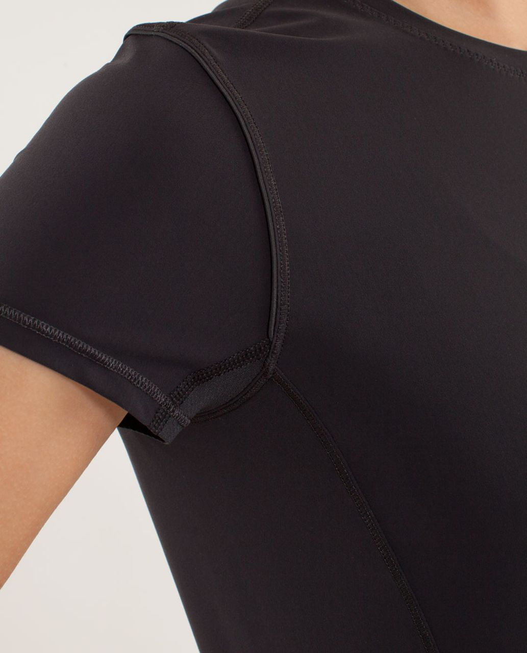 Lululemon Runbeam Short Sleeve (First Release) - Black