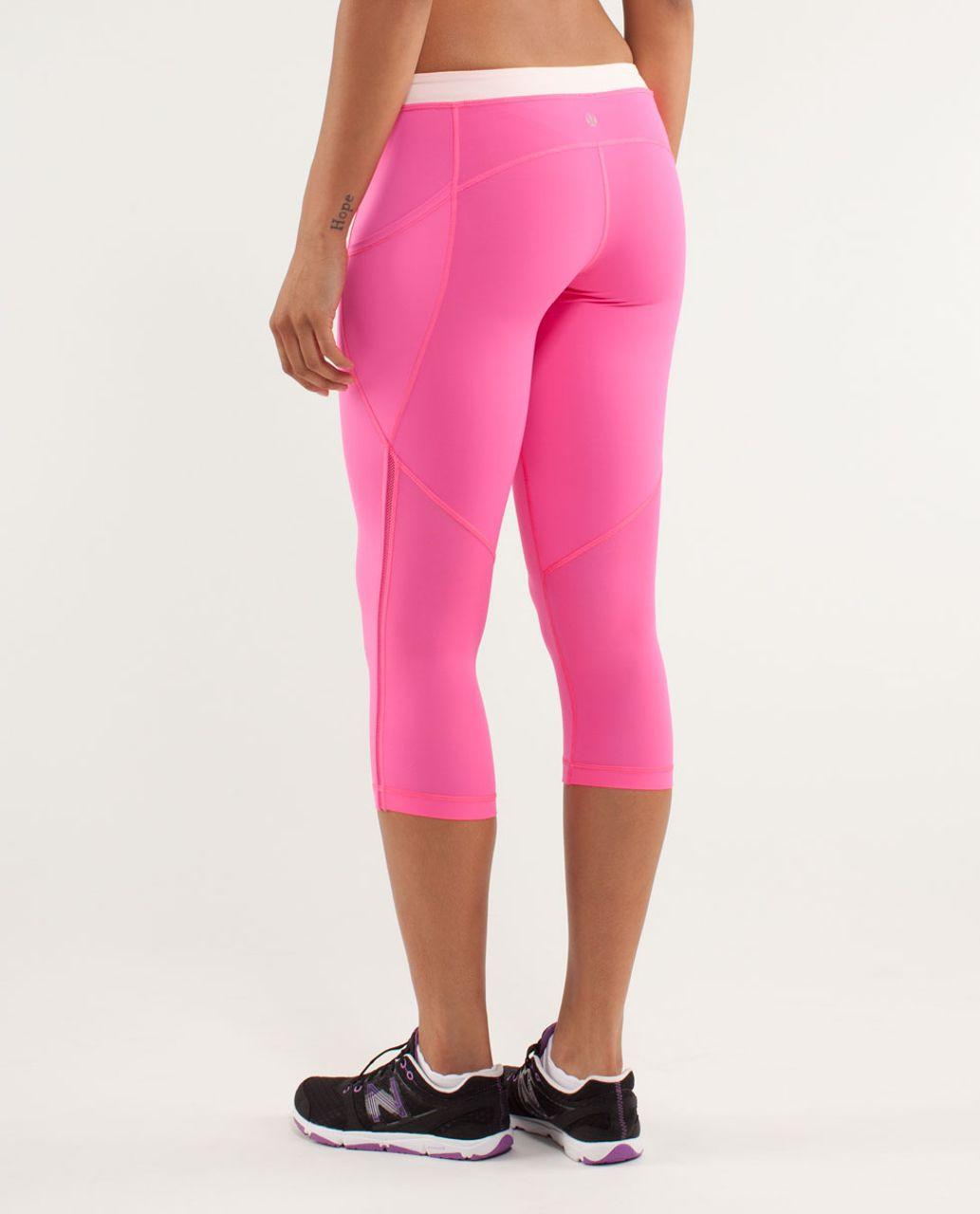 Lululemon Beach Runner Crop - Pinkelicious / Parfait Pink