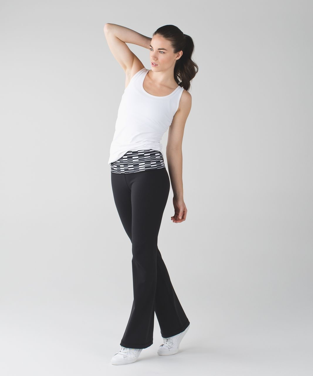 Lululemon Groove Pant III (Regular) *Full-On Luon - Black / Ying Yang Stripe White Black