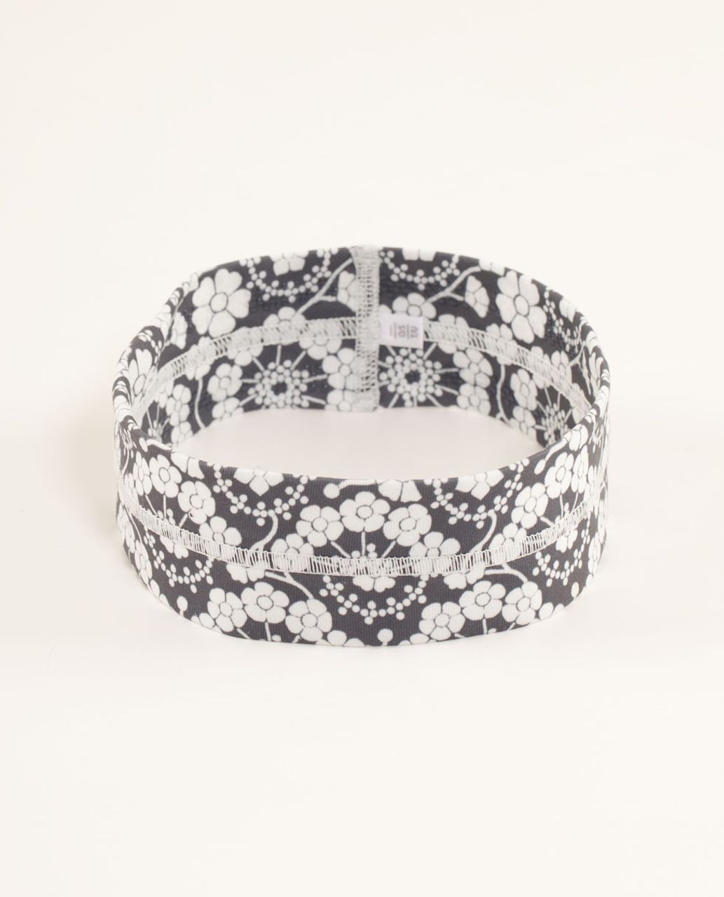 Lululemon Fly Away Tamer Headband - Twiggy Printed Nimbus