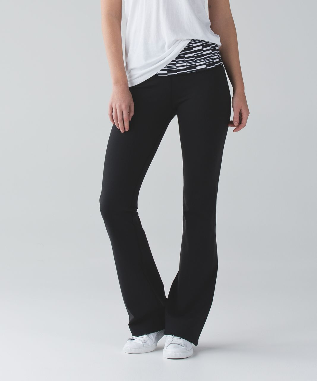 Lululemon Groove Pant III (Tall) *Full-On Luon - Black / Ying Yang Stripe White Black