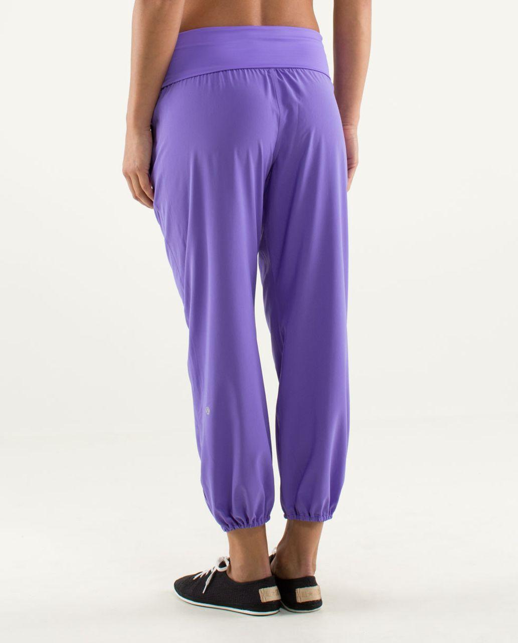 Lululemon Om Pant - Power Purple