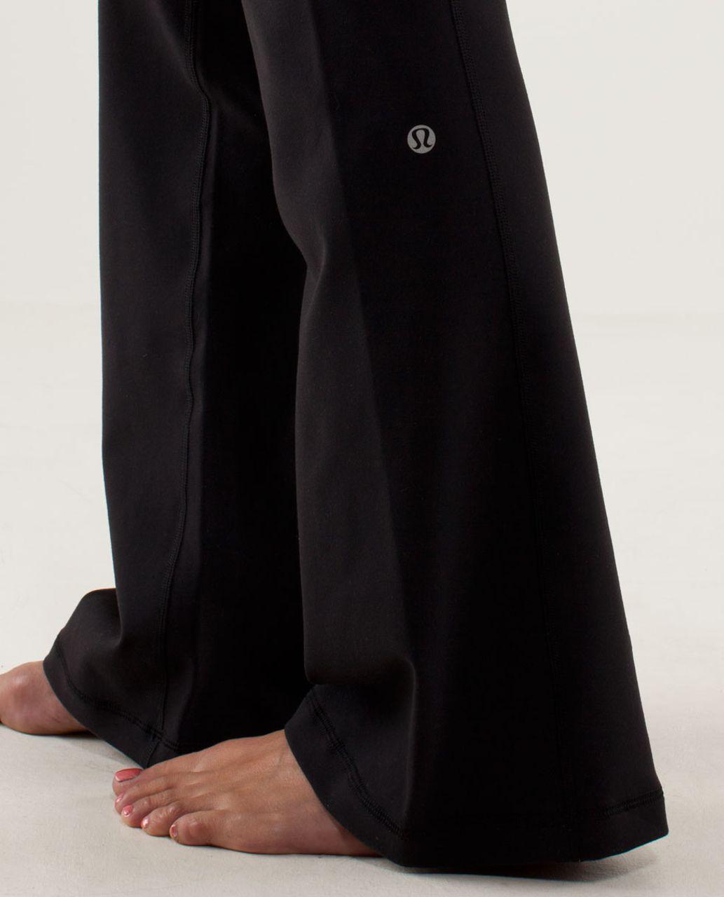 Lululemon Groove Pant (Tall) - Black / Quilt Summer13 10
