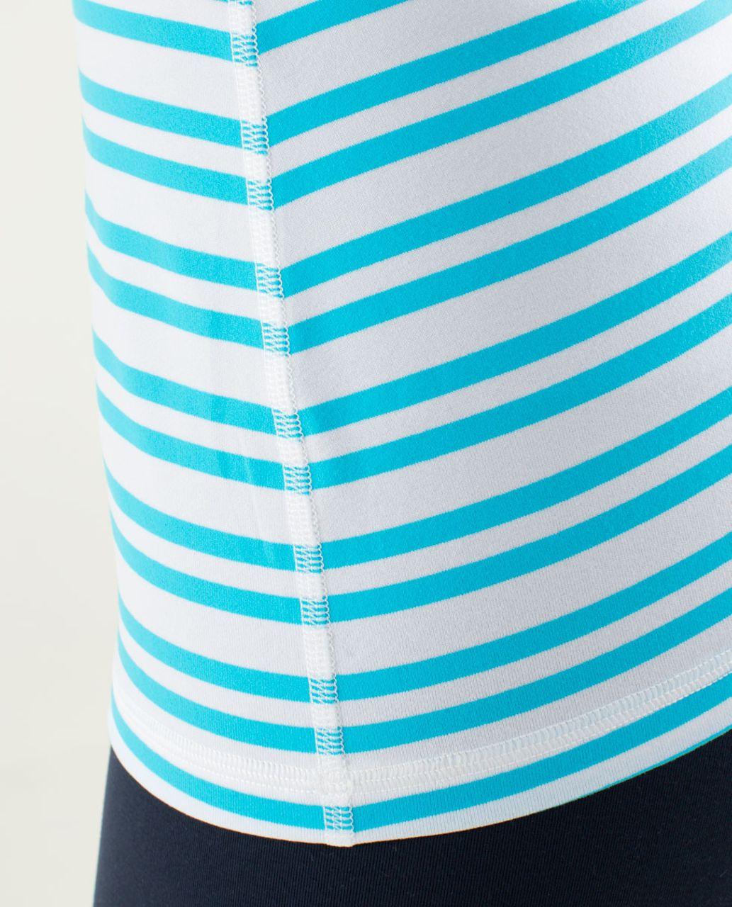 Lululemon Power Y Tank *Luon Light - Twin Stripe Spry Blue / Spry Blue