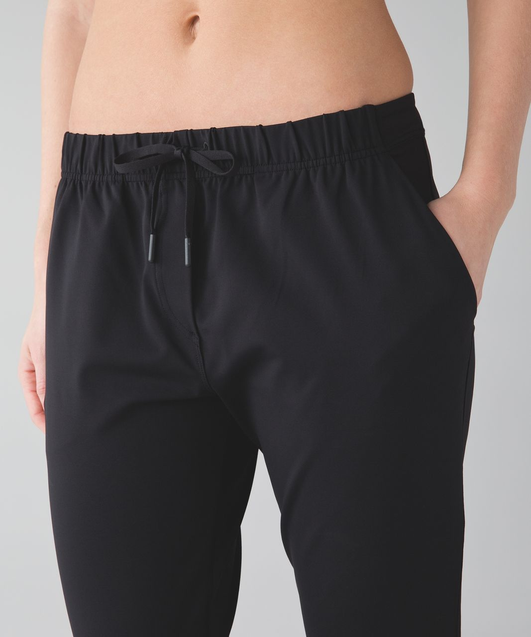 Lululemon Jet Crop (Slim) *Luxtreme - Black