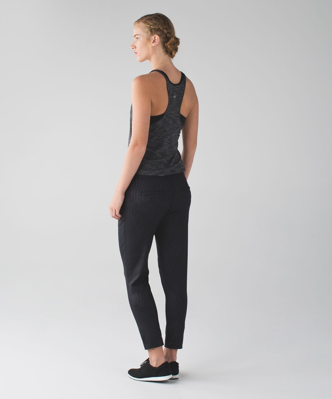 Lululemon Jet Crop (Slim) *Luxtreme - Shifted Horizon Embossed Black