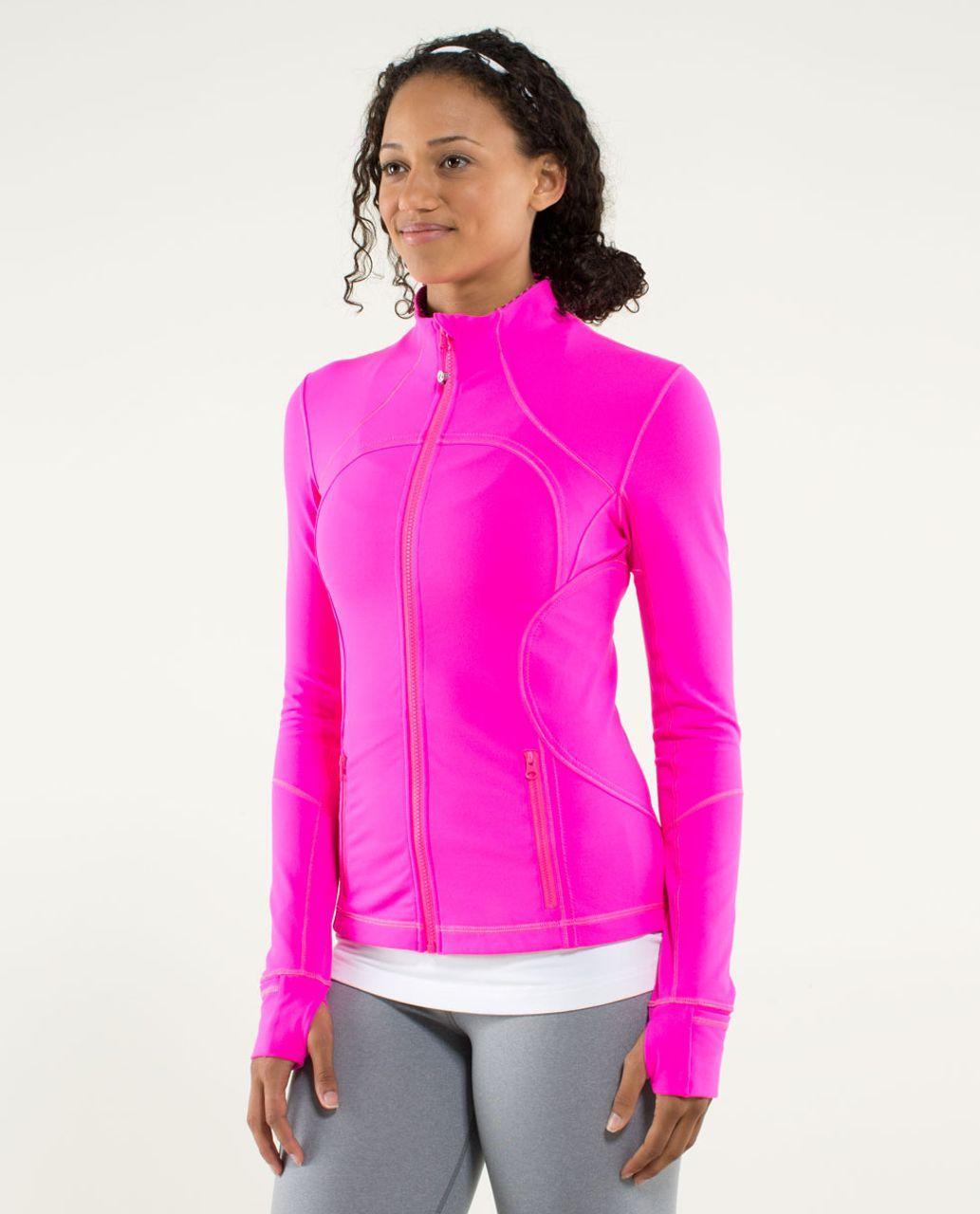 Lululemon Forme Jacket *Cuffins - Raspberry Glo Light / Hyper Stripe Raspberry Glo Light