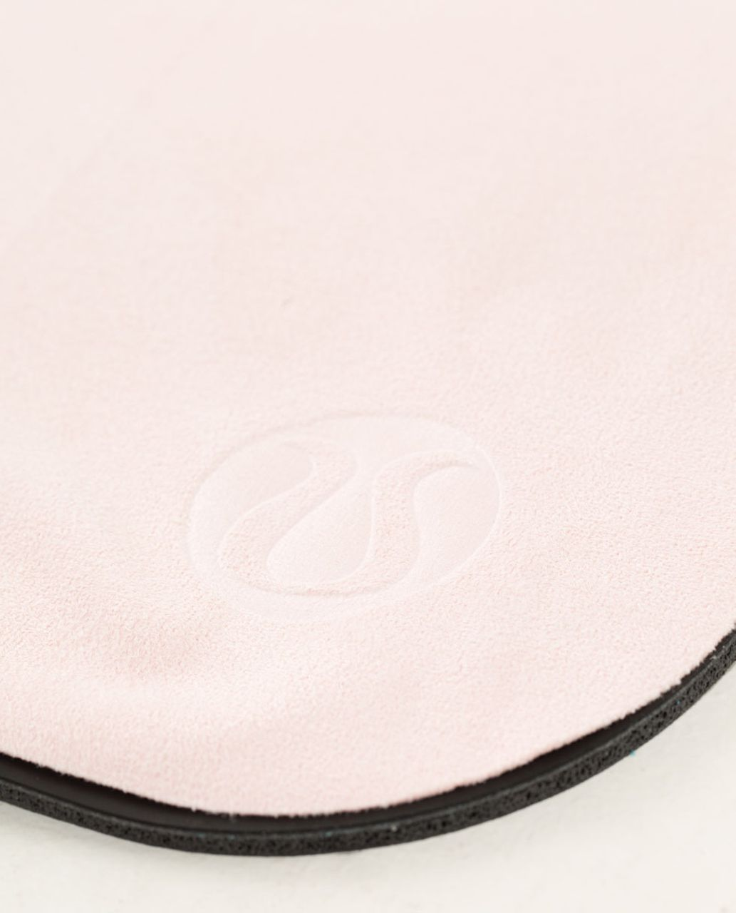 Lululemon The (Small) Towel - Pretty Pink