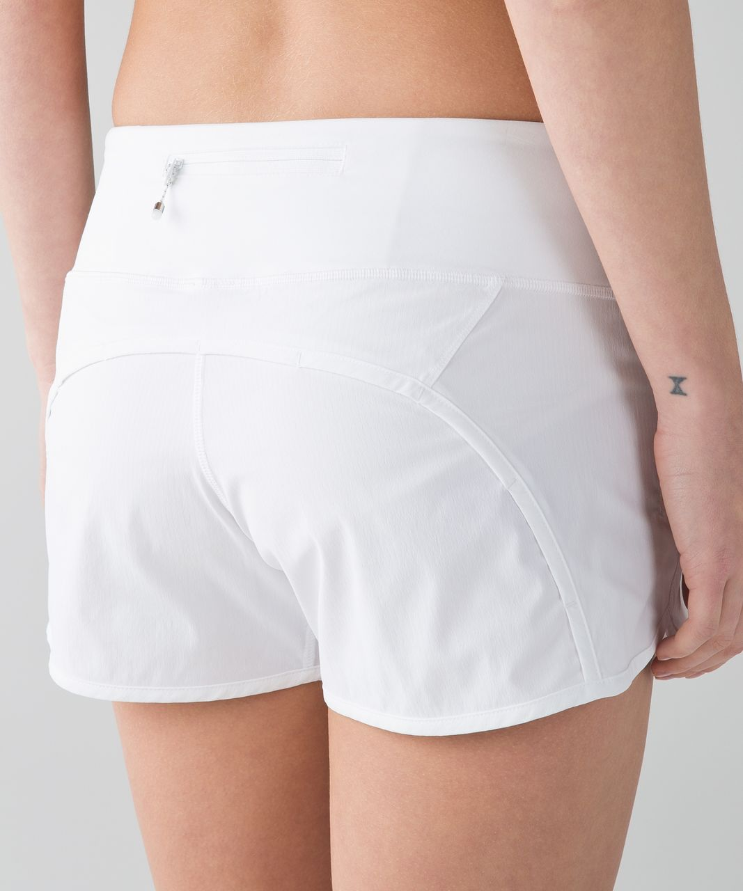 Lululemon Run Times Short *2-way Stretch - White