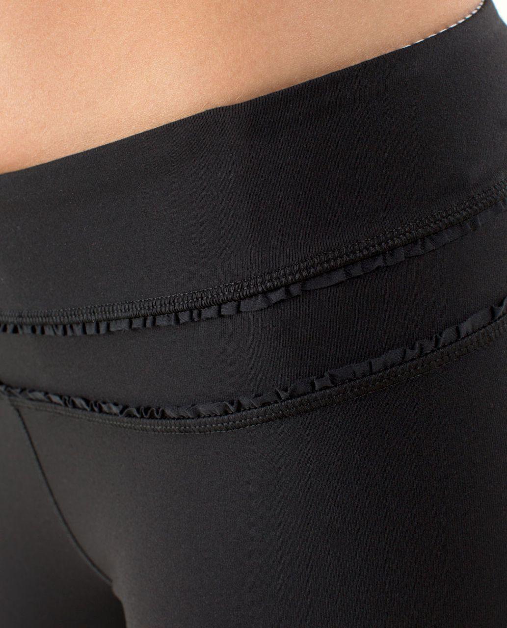 Lululemon Groove Pant *Ruffled Up - Black / Hyper Stripe Angel Wing