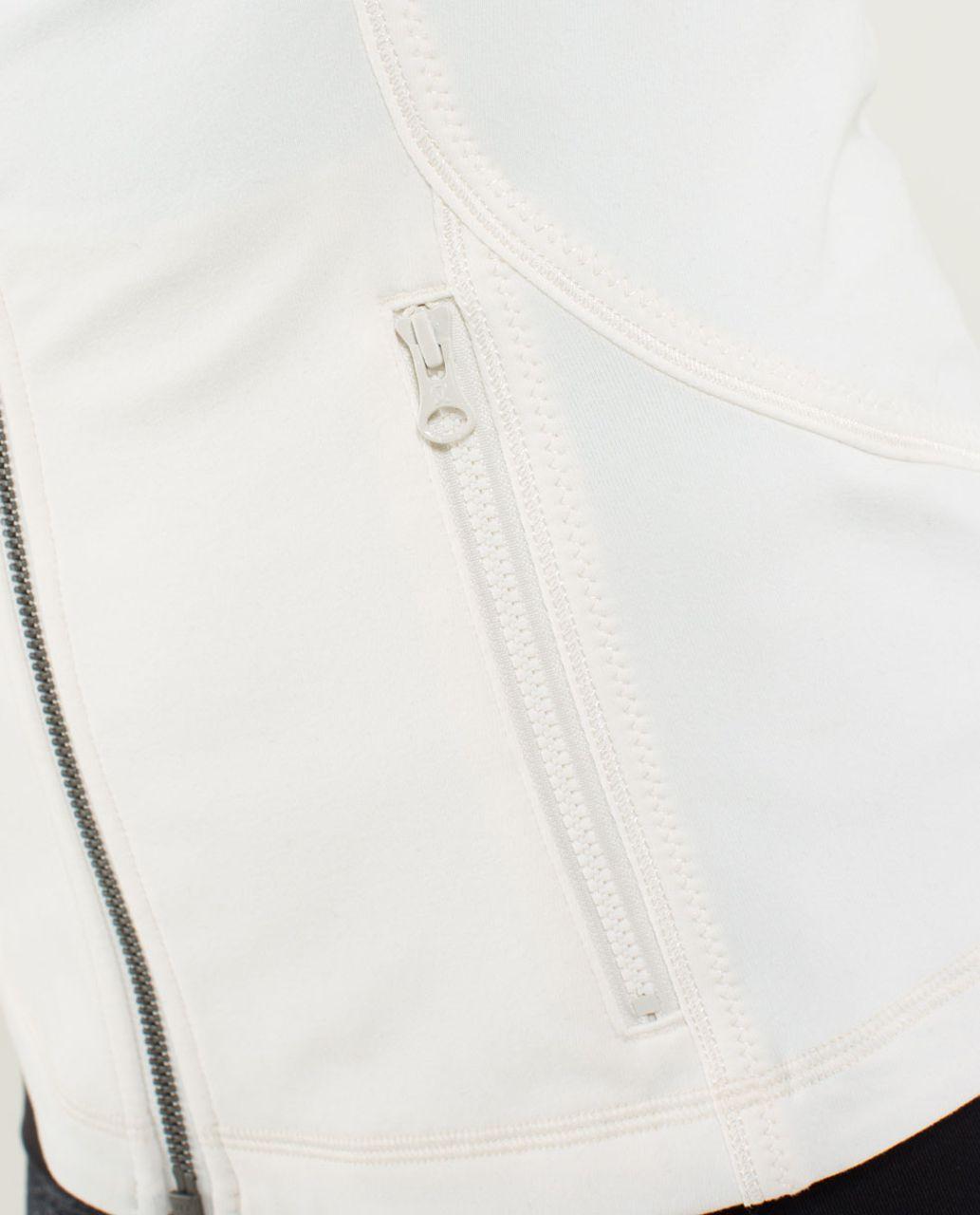 Lululemon Forme Jacket *Ruffled Up - Angel Wing / Hyper Stripe Angel Wing