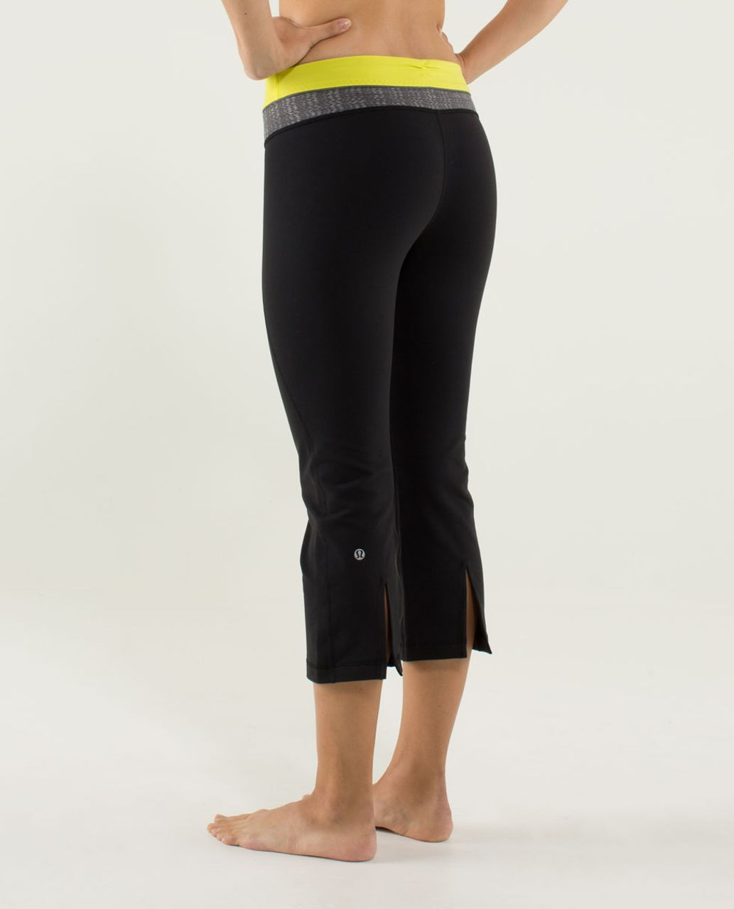 Lululemon Gather & Crow Crop - Black / Quilt 10 Fall 2013