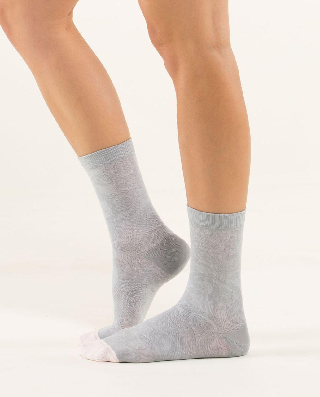 Lululemon Run For Fun Sock - Paisley Silver White